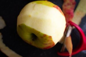 apple peeling knife